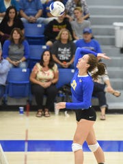 Mountain Home's Anna Grace Foreman skies for a kill