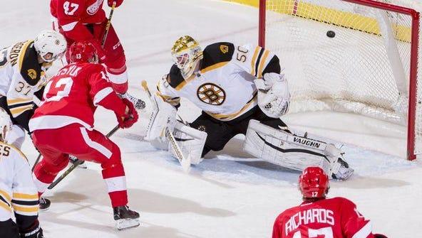 Pavel Datsyuk's second-period goal in Boston's 3-2