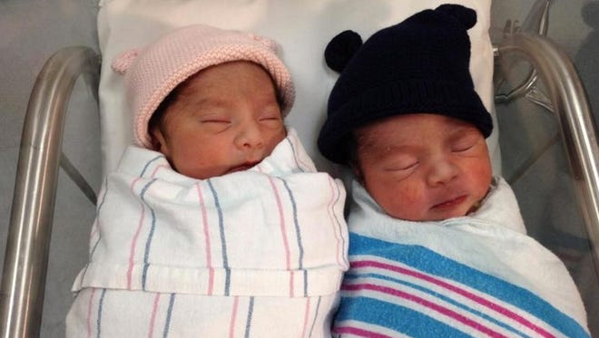 A San Diego gave birth to the last baby of 2015 and the first baby of 2016.