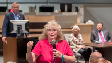 Las Crucens brainstorm ways to fund schools amid budget crunch