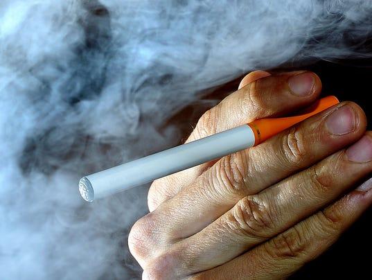635757706379081250-AP-Teens-E-Cigarettes-NY108