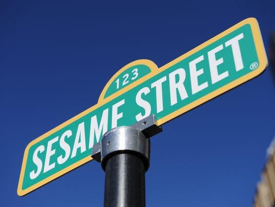 AFP US-ENTERTAINMENT-SESAME STREET E ENT USA NY
