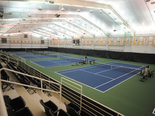636142394318505346-KCSP-tablet-tennis1.JPG