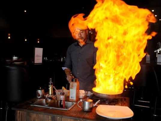Restaurant-Review-Julians-3.jpg