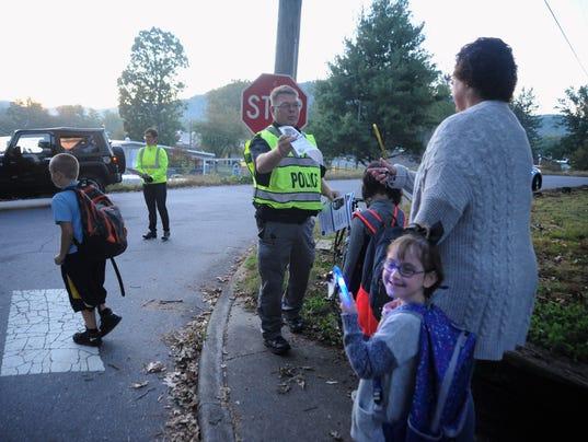 BMN 101217 Walk to School