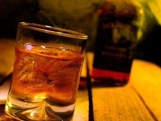 XXX IMG_LIQUOR_BY_THE_DRINK._1_1_792H4FN1.JPG USA TN