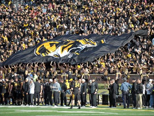 Missouri football players to boycott until president Tim ...