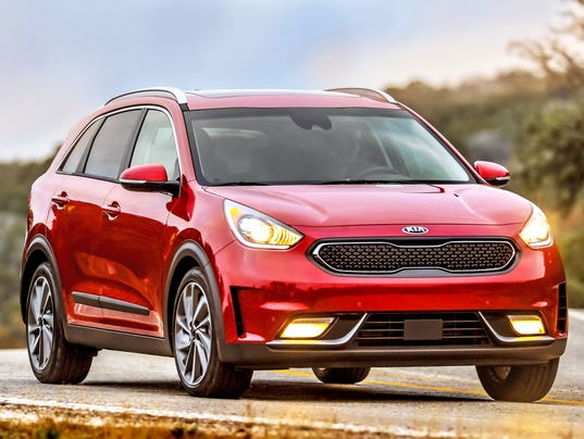 kia leads j d power quality survey detroit 39 s 3 shows improvement. Black Bedroom Furniture Sets. Home Design Ideas