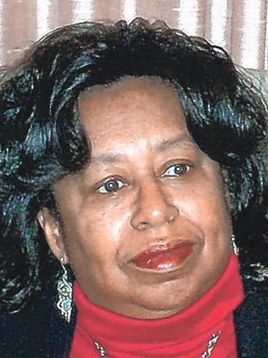 evelyn perkins headshot.jpg
