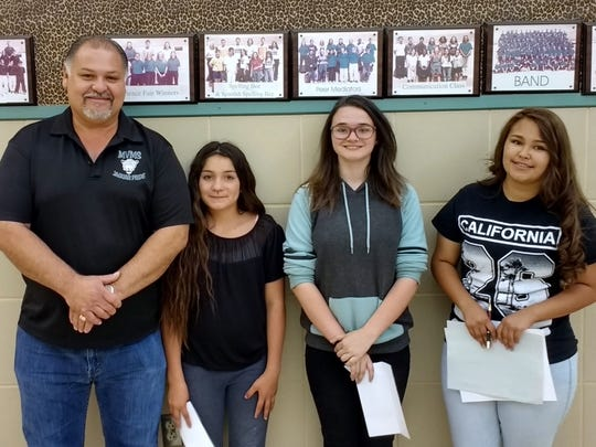 Mountain View Middle School left to right: MVMS Principal Moises Cardiel, Serenity Rue, Kendra Ewers and Mariarosa Griego.