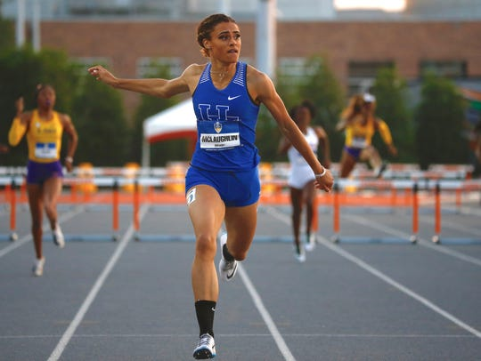 Kentucky freshman Sydney McLaughlin dominates in the