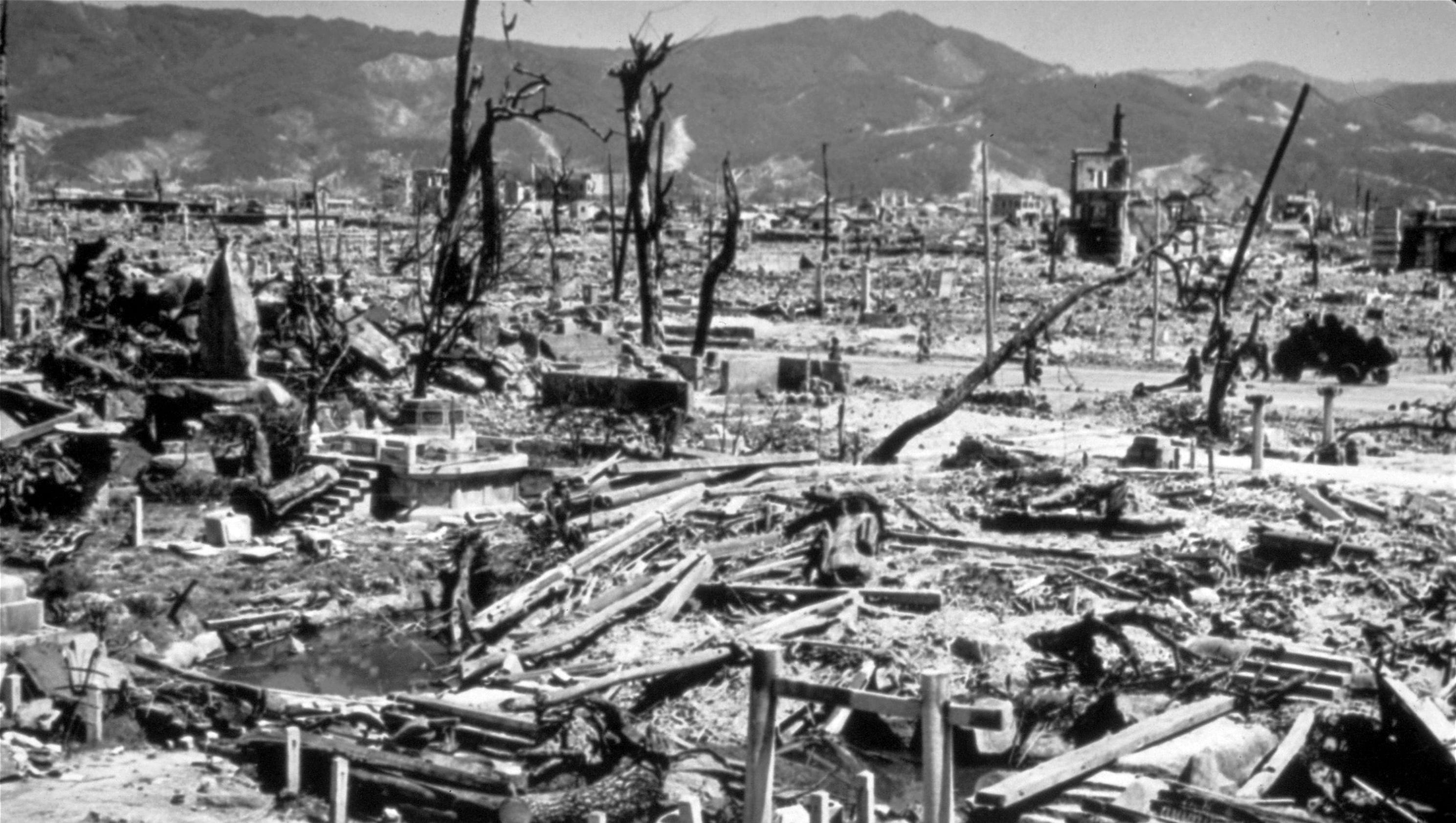 bombing of hiroshima Sunao tsuboi on miyuki bridge, where he was photographed three hours after the bombing of hiroshima photograph: alamy it is not as if sunao tsuboi needs another reminder of his violent encounter.