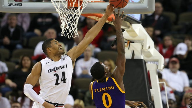 Kyle Washington and his University of Cincinnati teammates will try to extend their winning streak to 11 games Wednesday, when Temple visits.