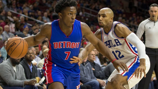 Pistons forward Stanley Johnson, left, moves against 76ers forward Gerald Henderson, right, during the first half of the Pistons' preseason win Saturday in Philadelphia.