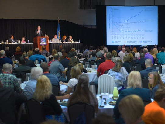 Gov. Dennis Daugaard speaks to a group of more than