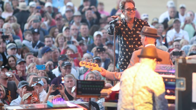 Huey Lewis and The News play at PGA West in La Quinta, January 19, 2018