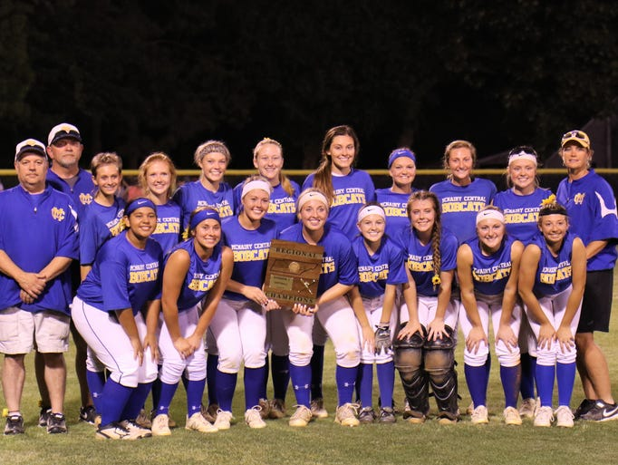 McNairy Central poses for a photo after the Lady Bobcats
