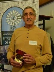 Mark Leonhard received the Lisa Rohrer Volunteer of