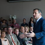 Although now an insider, Ted Cruz campaigns like an outsider in Texas Senate race