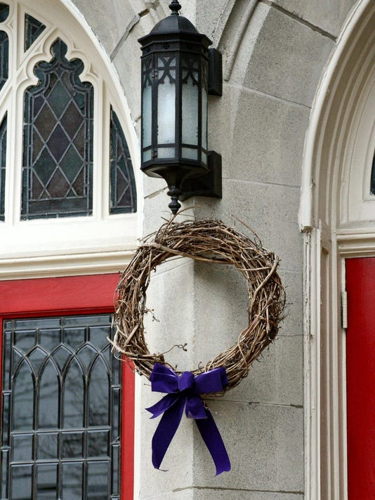 Lent wreath