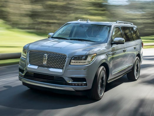 2018 lincoln navigator spy shots. simple lincoln on 2018 lincoln navigator spy shots