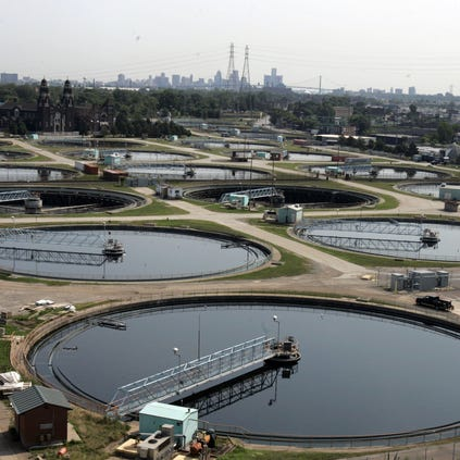Twelve large clarifiers sits on the property of the Detroit Water and Sewerage Department on Friday July 7, 2006.  The plant is the third largest water and sewer utility in the US and handles on average 683 million gallons of water and sewage per day. ERIC SEALS/Detroit Free Press