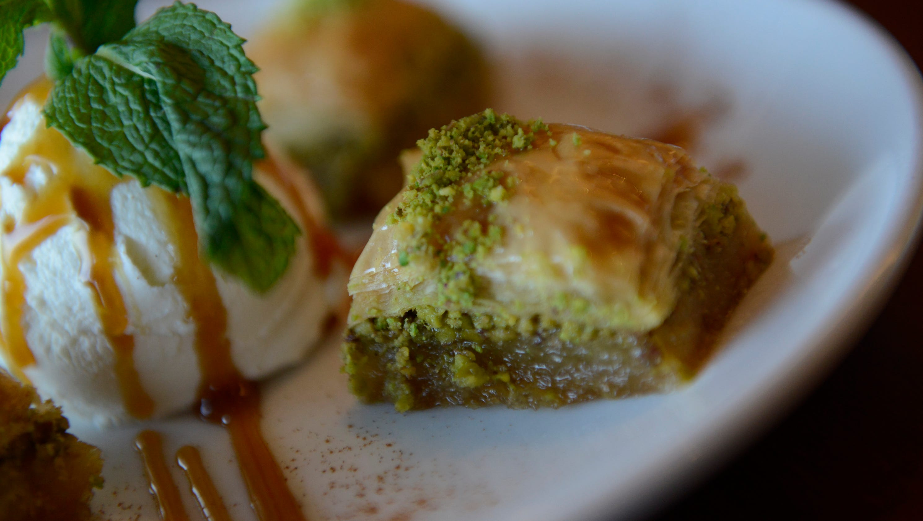 Foods to celebrate the persian new year for Gazelle cuisine n 13