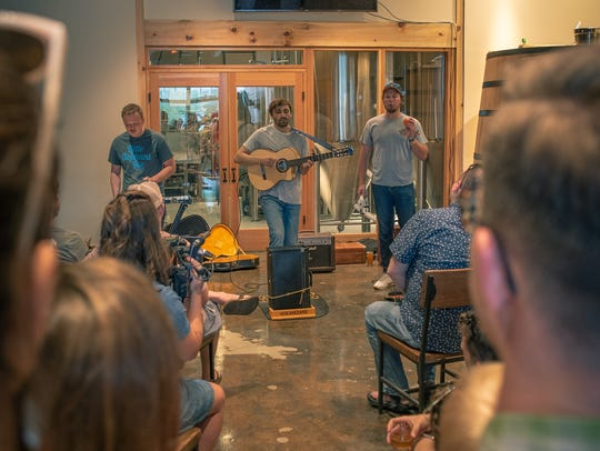 Oliver Hazard delivers an intimate performance at Elkmont