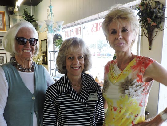 From left are Anne Schafer, Polly Campenni, vice president