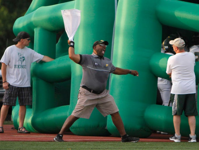 The Parkview Vikings take on the Kickapoo Chiefs at JFK Stadium on Friday, August 22, 2014.