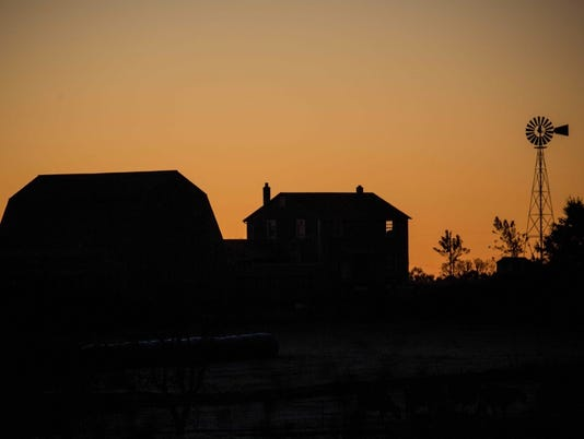 Barn-sunset.jpg