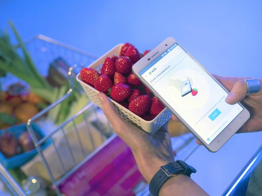 H2 Smartphone - Scanning Strawberries