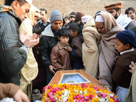 TOPSHOTS-PAKISTAN-UNREST-SCHOOL-FUNERAL