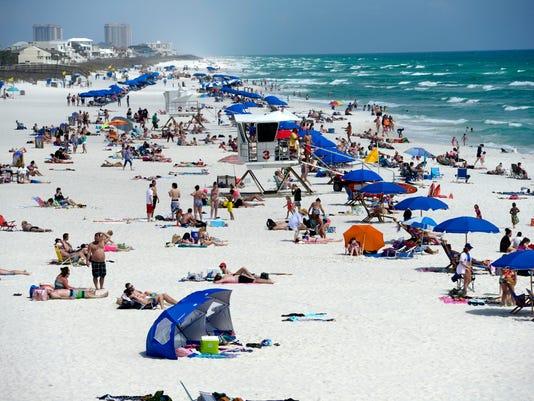 Spring Break ramps up at Pensacola Beach