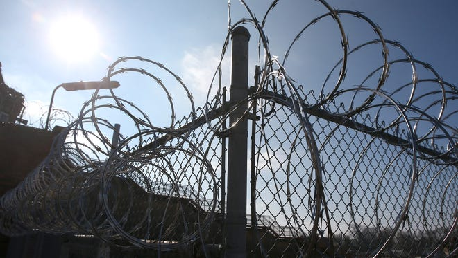 Officials say an inmate attacked a guard at the Iowa State Penitentiary in Fort Madison, inflicting minor injuries.
