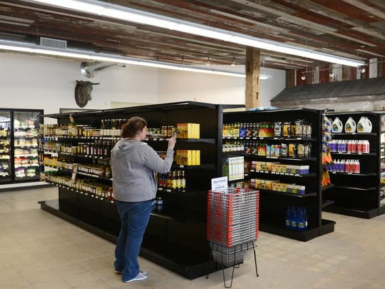 Waseda Farms Market in downtown De Pere wants to fill a need for organic, natural and local foods.