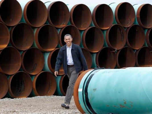 -Oil Pipeline Politics_Chri.jpg_20121201.jpg
