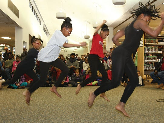 Signature Dance Company will be giving a performance