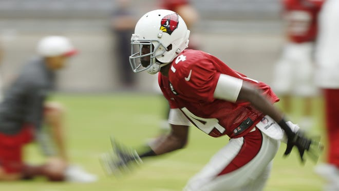 Arizona Cardinals WR J.J. Nelson runs a pass route during training camp at University of Phoenix Stadium in Glendale August 10, 2015.