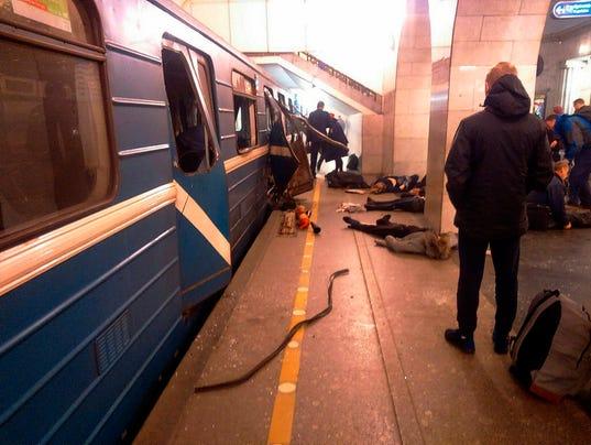 AP APTOPIX RUSSIA SUBWAY EXPLOSION I RUS