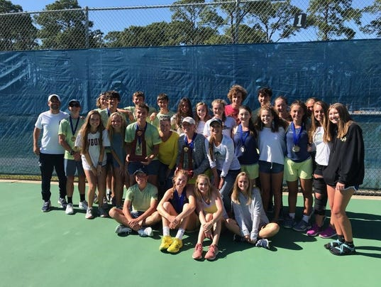 636595912218970958-Gulf-Breeze-tennis-champs.jpg
