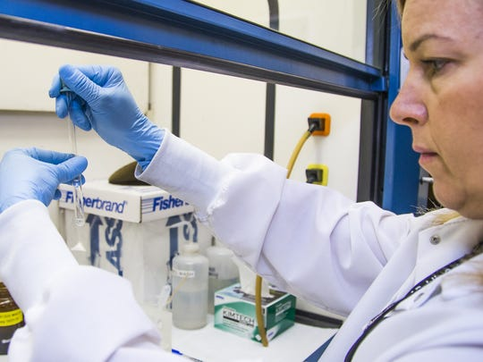 Forensic scientist Erika Canonico tests for hydrocodone