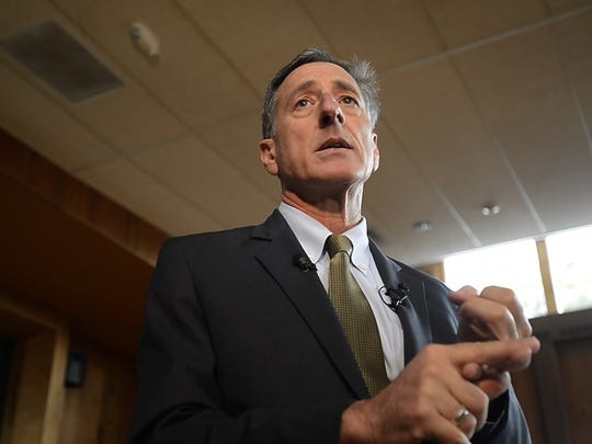 Gov. Peter Shumlin talks with media at Ohavi Zedek
