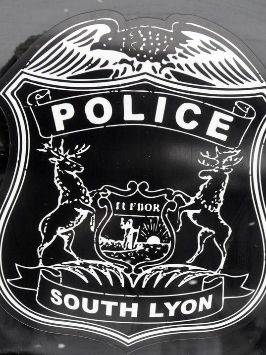 01 slh city cops 0122