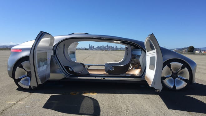 Mercedes-Benz brought the star of the January Consumer Electronics Show, its self-driving F 015 Luxury in Motion prototype, to the San Francisco area in order for journalists to experience a ride from the future.