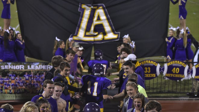 Lipscomb has reached the eight-win mark in each of the previous three seasons.