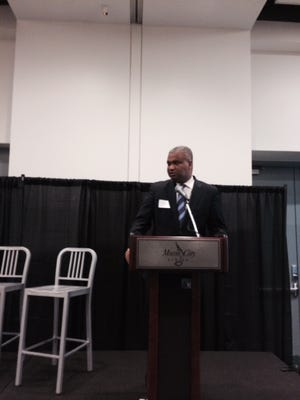 Ed Jennings, a regional administrator for the U.S. Department of Housing and Urban Development, spoke at Thursday's gathering to create a Nashville digital inclusion plan.