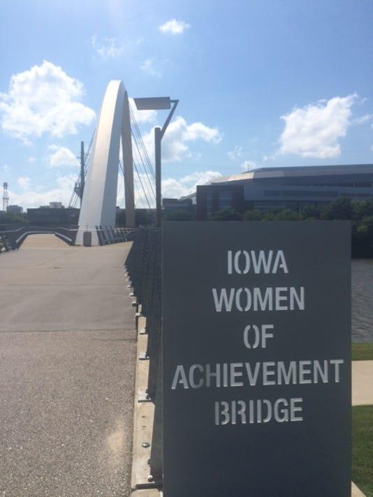 636047048998699354-Bridge.JPG