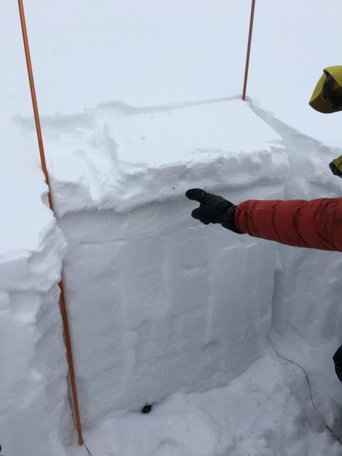 """A 2-inch thick wind slab is cracking, """"whumphing"""" and breaking easily in stability tests. This was seen in the Throne area of the northern Bridgers on Jan. 3."""
