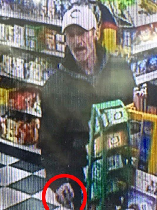 636263058321168167-armed-robber-with-handgun-1.jpg